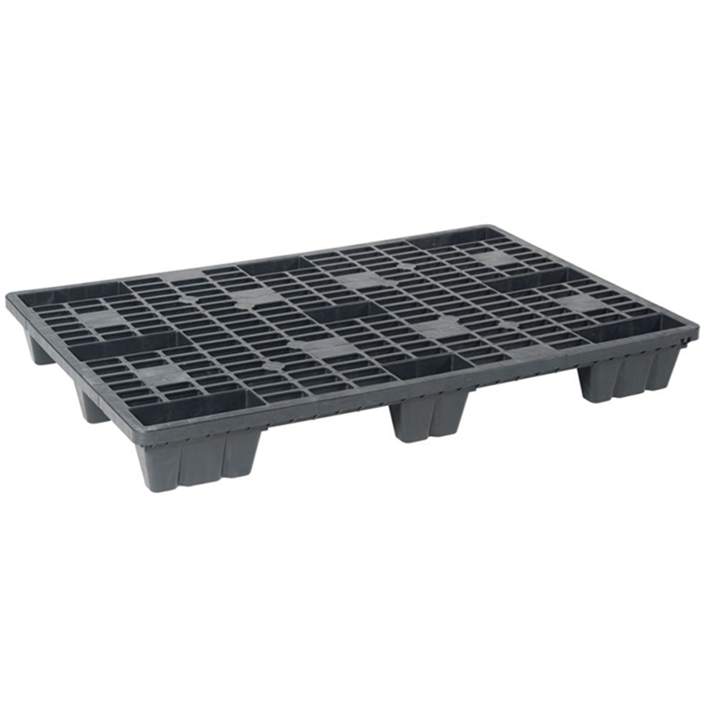 large-capacity-containers-pallets